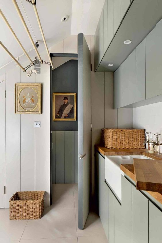 This Victorian house in west London has a pulley clothes dryer in the utility room |  House & Garden