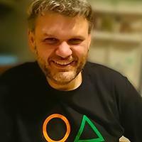 Agis Apostolopoulos  Senior Designer  agis@publons.com