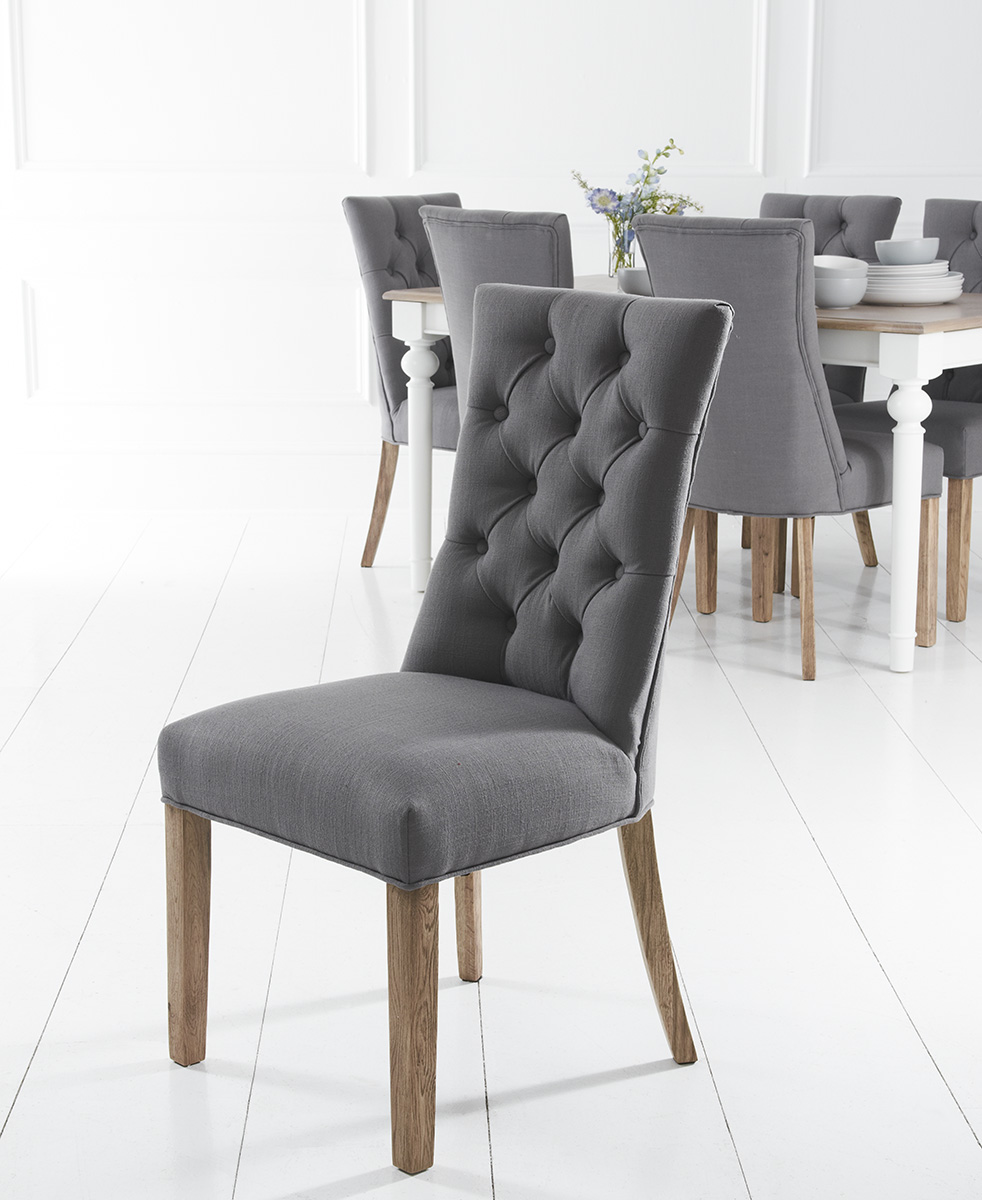 Exceptionnel Curved Button Back Grey Chair