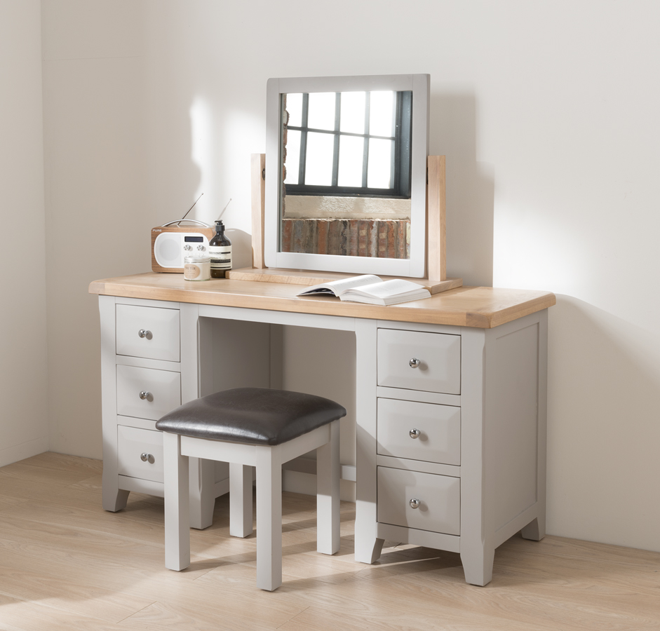 1490028052_Clemence_Bedroom_DressingTable.jpg