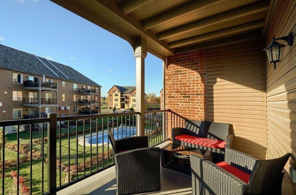 gorgeous-view-balcony-condo-8125-rue-de-londres-brossard-qc.jpg