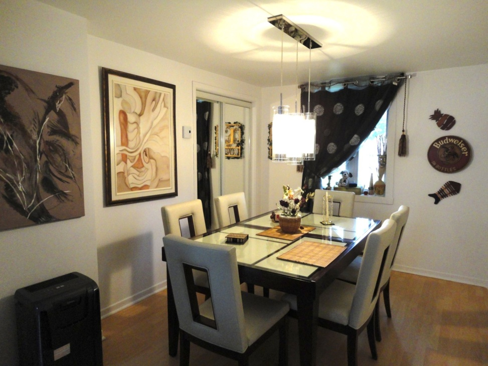 dining-room-1165-1167-Rue-St-Georges-Longueuil-qc.jpg