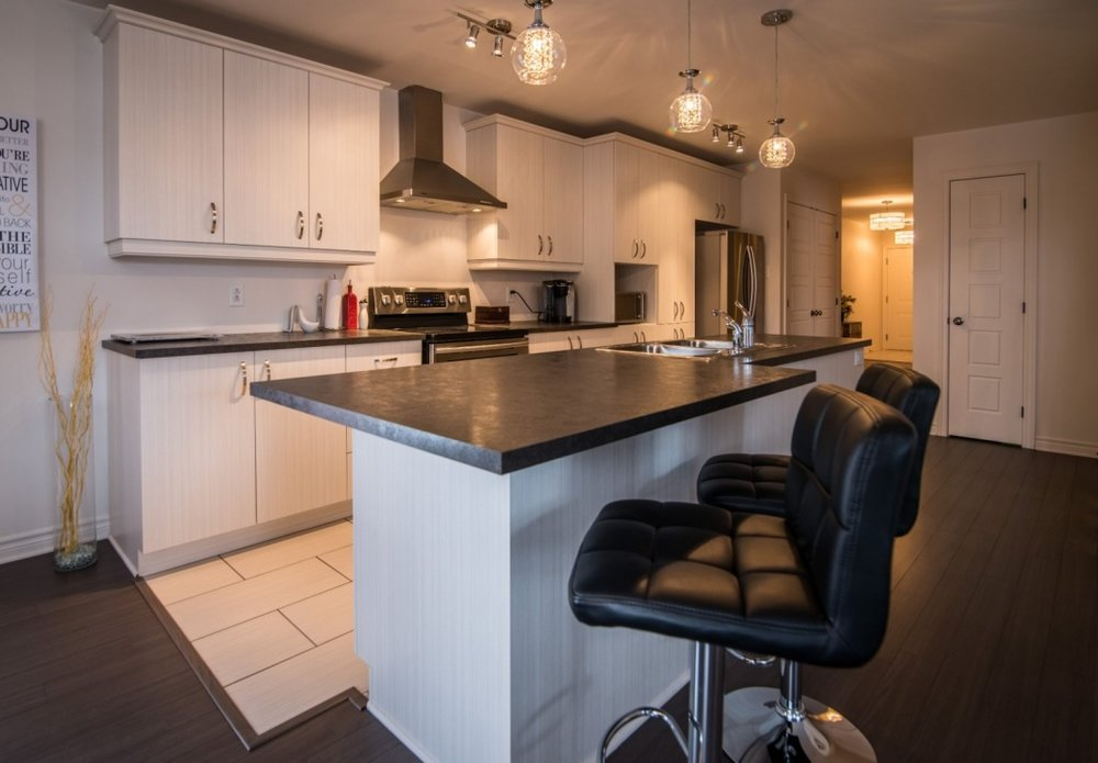beautiful-kitchen-6135-rue-de-lusa-app-5-brossard-qc.jpg