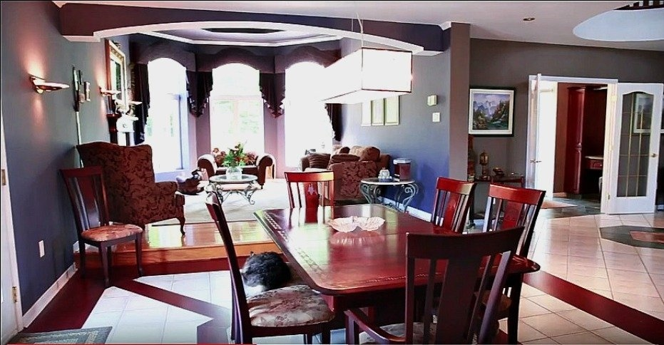 dining-room-158-Mtee-Stevenson-Havelock-qc.jpg