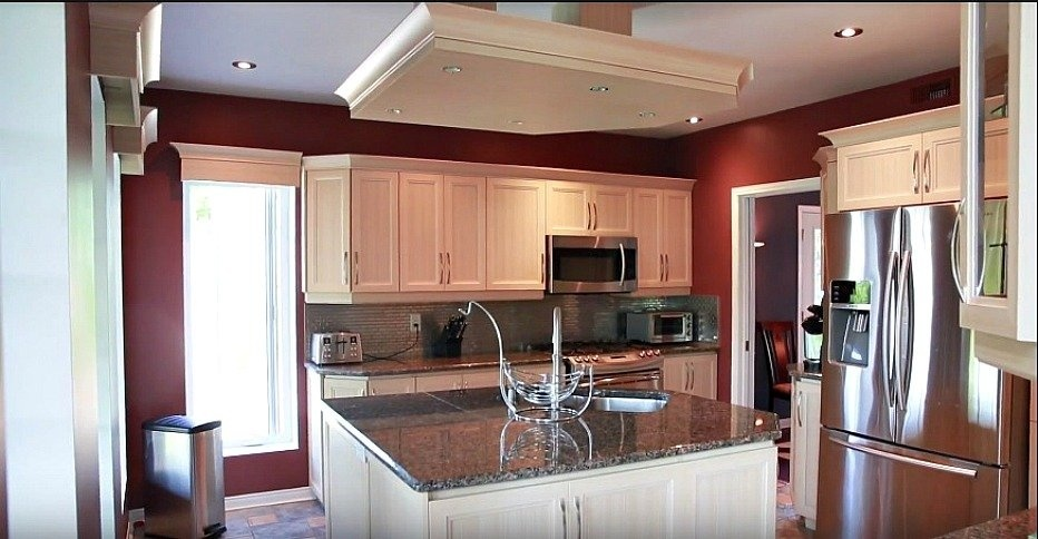 renovated-kitchen-stainless-steal-island-158-Mtee-Stevenson-Havelock-qc.jpg