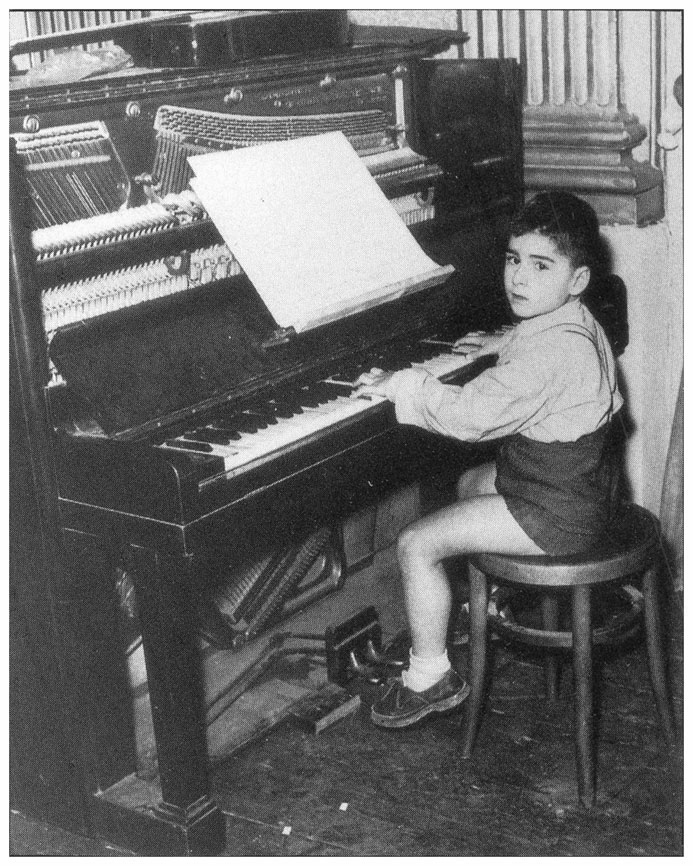 Enrico Pieranunzi  All'età di 6 anni
