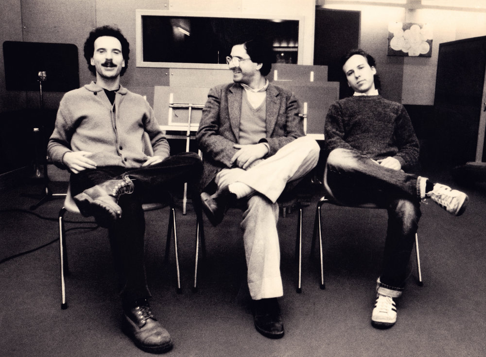 Joey Baron, Enrico Pieranunzi & Marc Johnson (durante la registrazione di New Lands) Roma, February 1984 Photo by Massimo Perelli