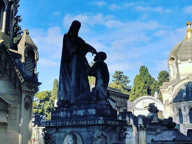 #cimitero #grave #Bari