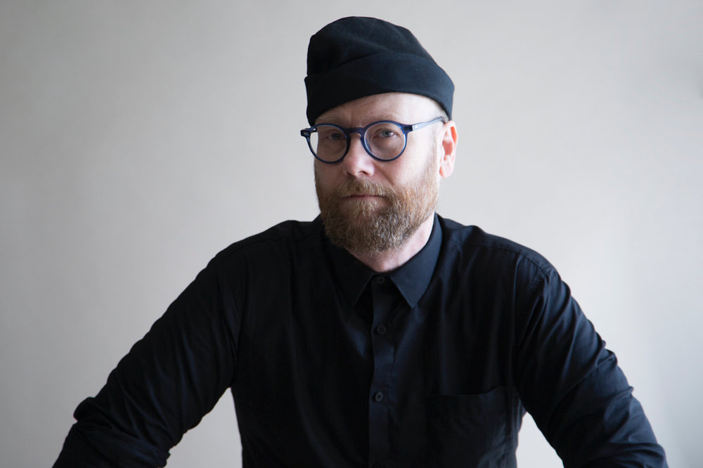 Man in Black    Mike Doughty  shot by  Paul Lowe