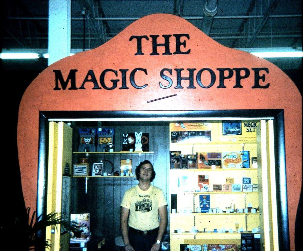 store1-magic-shoppe-01.jpg