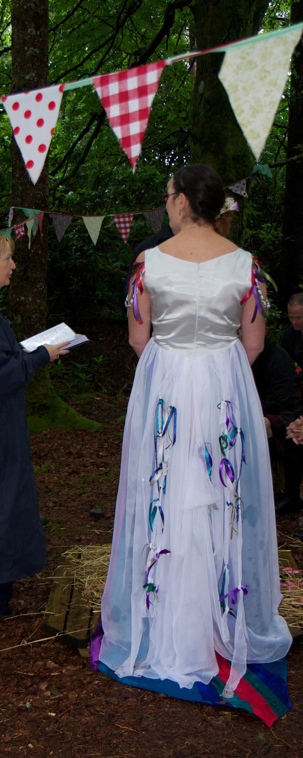 bride wedding dress bespoke lorna gillies 2.jpg
