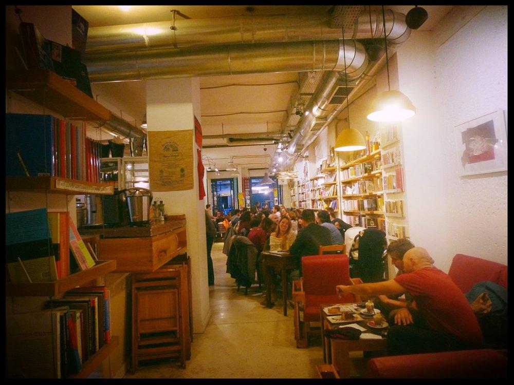 Ubik Cafe