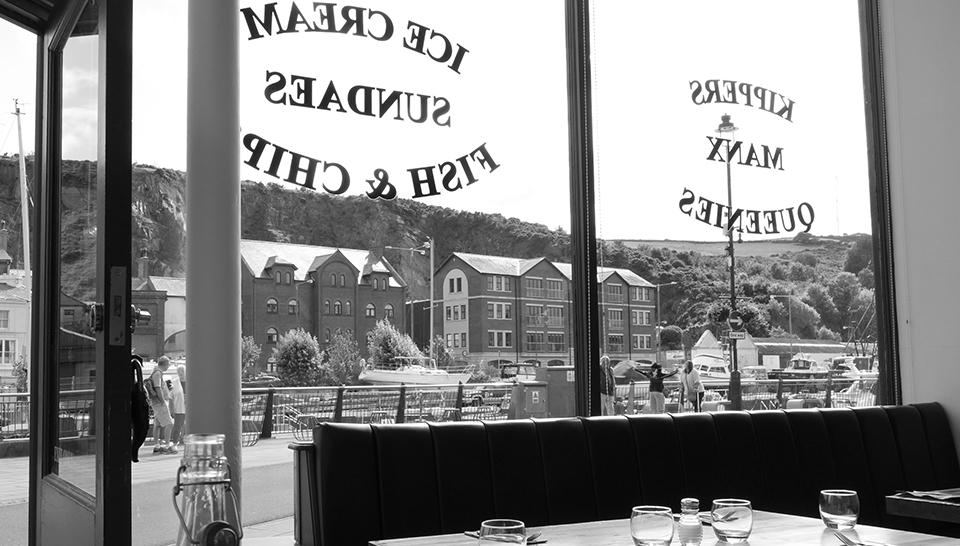 1 Cafe.jpg