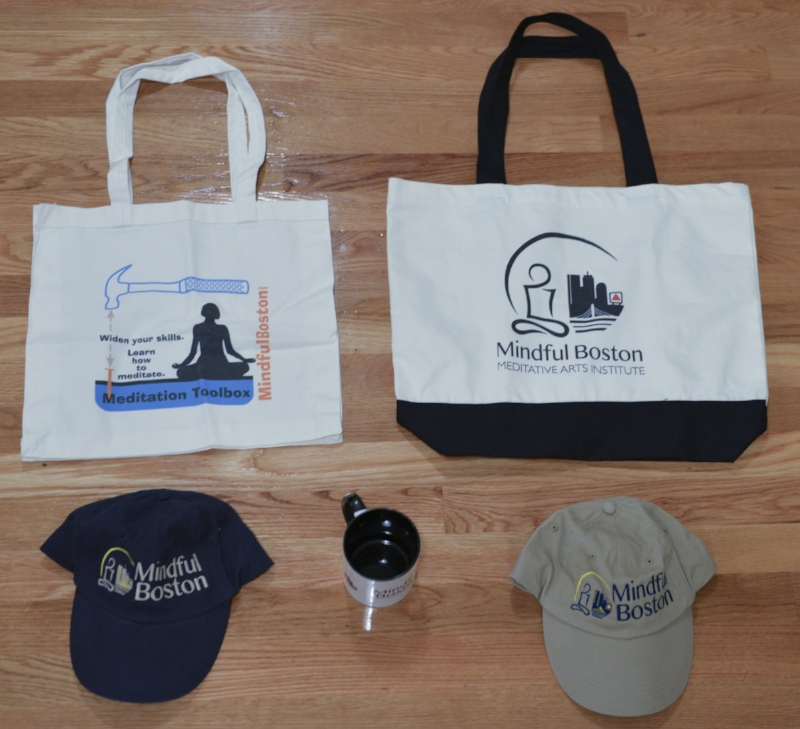 Fun! Membership gifts: bags, hats, mugs.