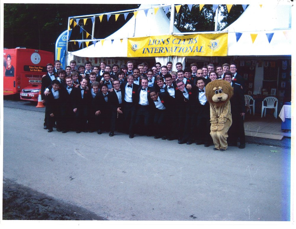Llangollen 2012 - Lions Club photo.jpeg