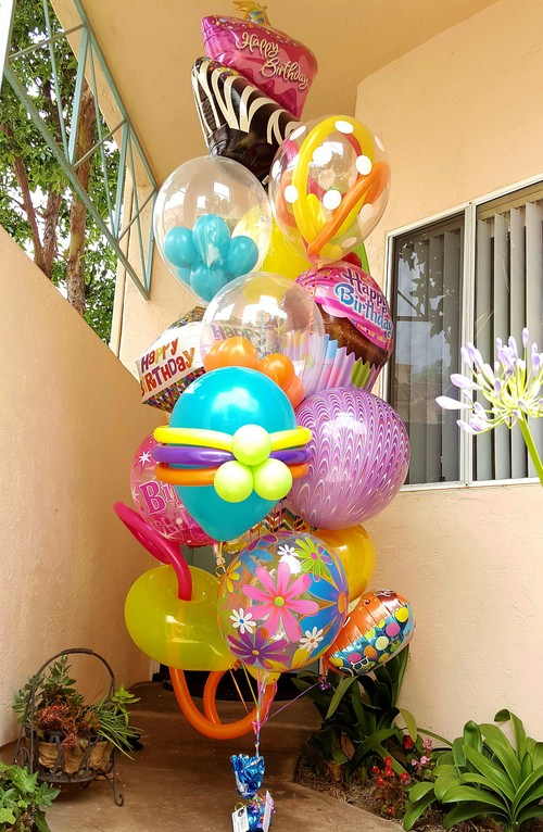 $100 Balloon Bouquet.jpg