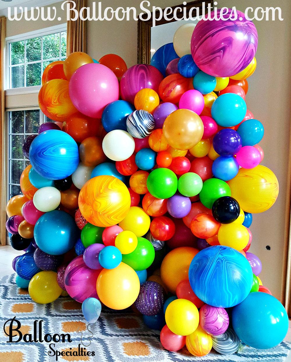Balloon Blob  Balloon Specialties.jpg