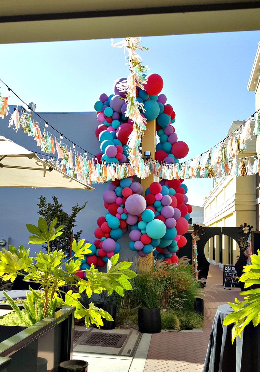Cadet Wine Bar Napa Balloon Garland.jpg