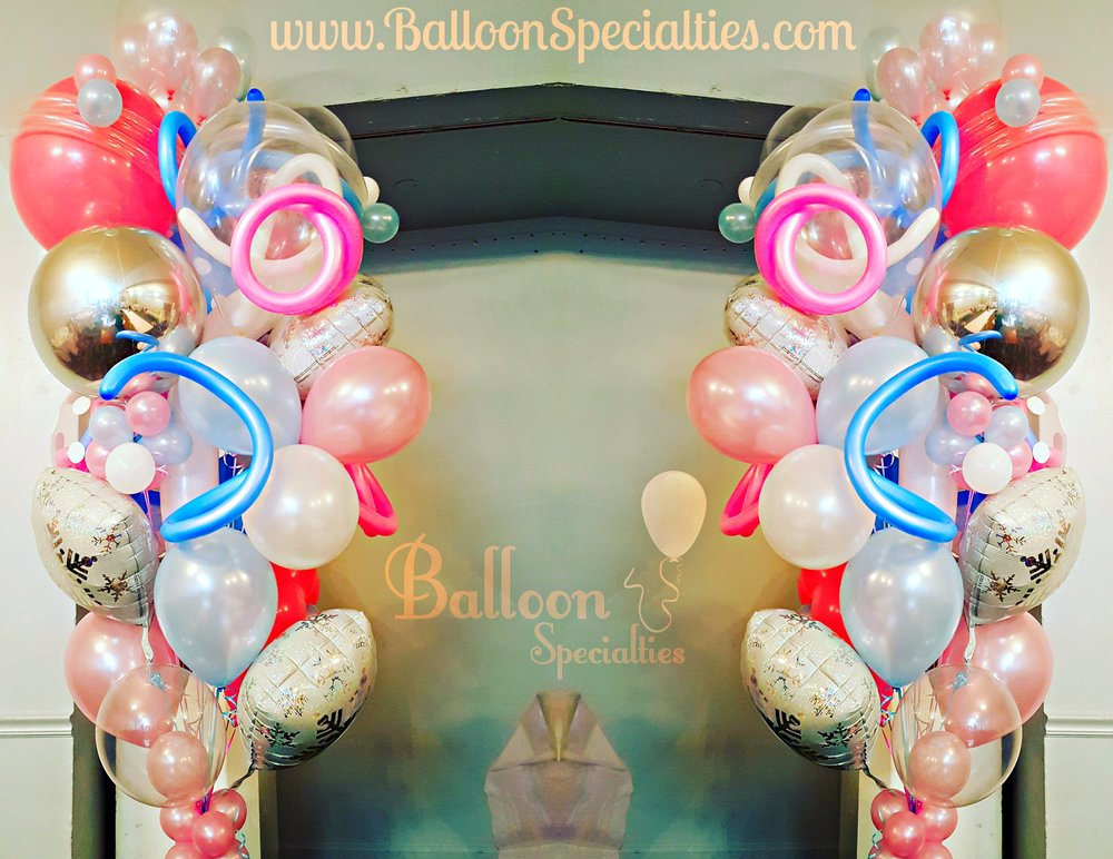 The Venetian Specialty Balloon Bouquet Wedding.jpg