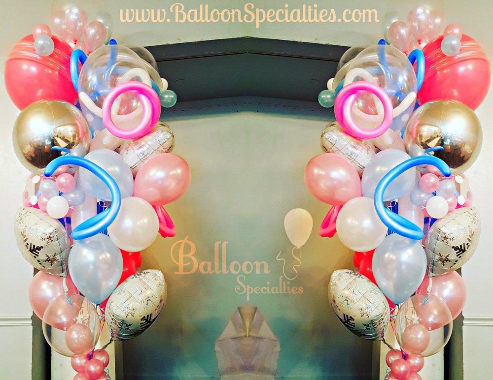 The Venetian Specialty Balloon Bouquet Wedding.jpg