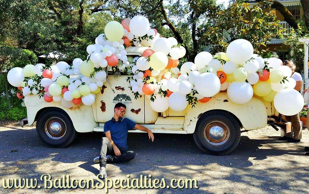 Sonoma Beltane Ranch Truck Wedding Balloon Garlands Zim Balloon Specialties San Francisco_1.jpg