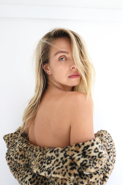 ANNA FELLER