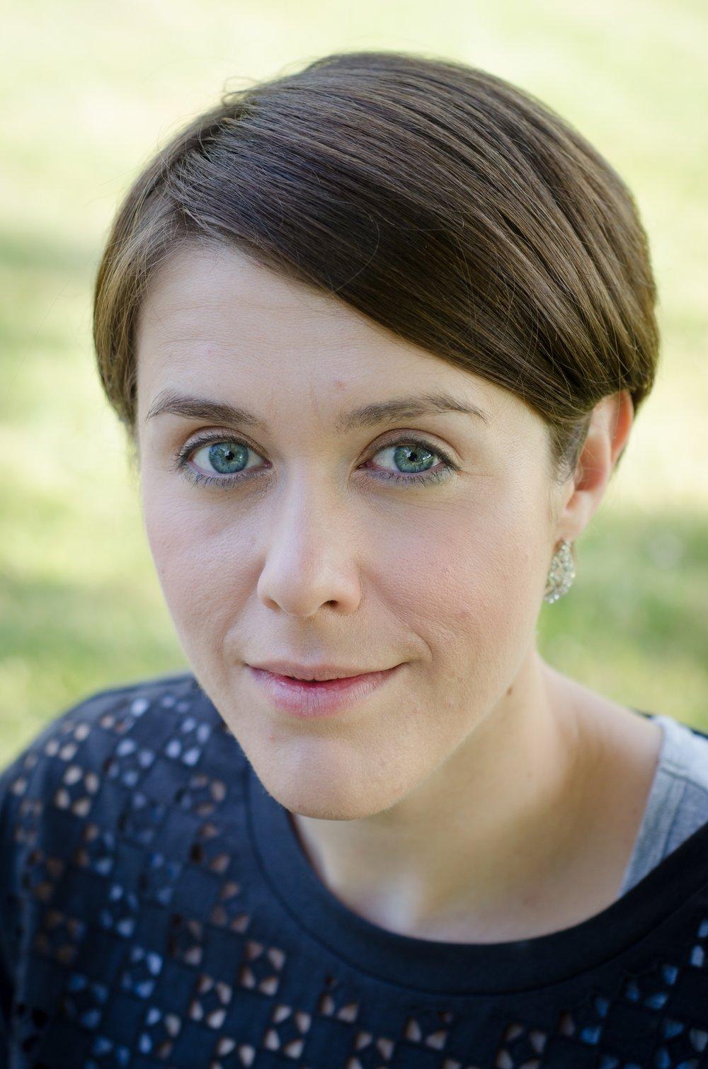 Dr Helena Kelly