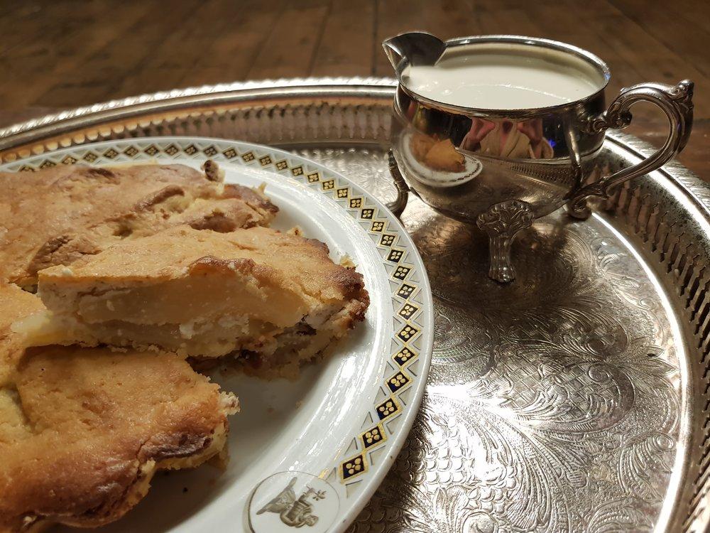 Caroline's Apple Pie (based on a recipe by Martha Lloyd) on the family's 1813 Wedgwood china.  Credit: Caroline Knight