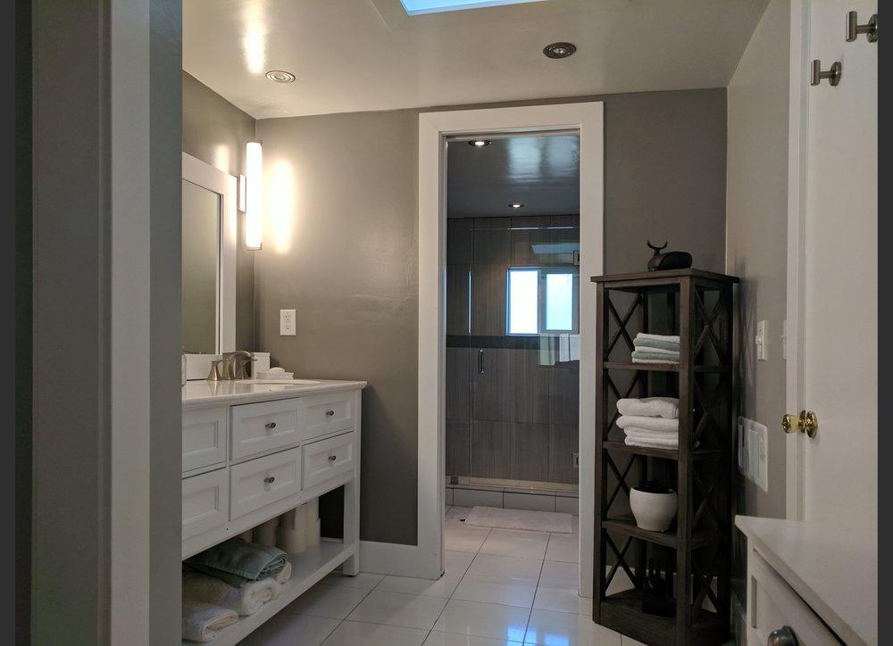 housebath2.jpg