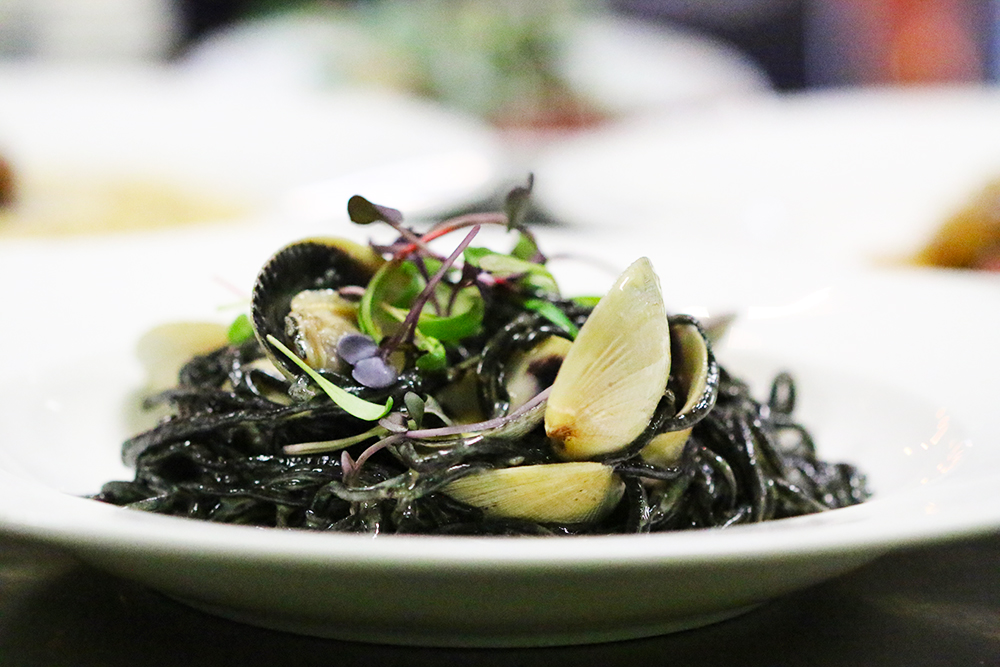 squid ink pasta L.jpg