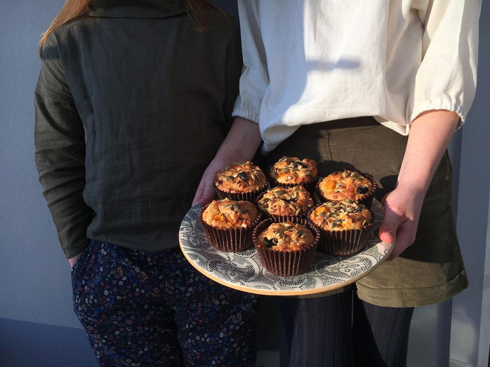 baked olive muffins .JPG