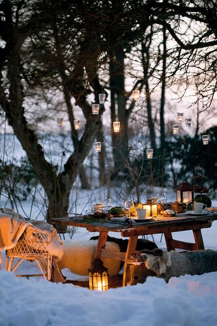 With lots of layers, some warm cushions and faux fur throws you can also enjoy being outside. The smell of fresh air will be a welcome break from the heat of the kitchen inside. Dining will be more intimate and the scent of hot chocolate, mulled wine and after dinner cakes and spices will seem all the more indulgent.   Source: emilialua1.tumblr.com
