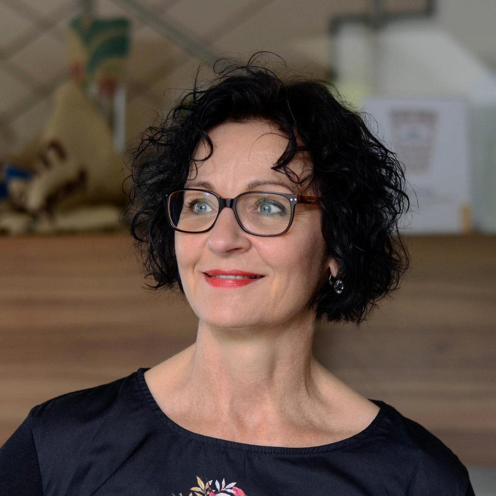 Claudia Peter  Innendienst