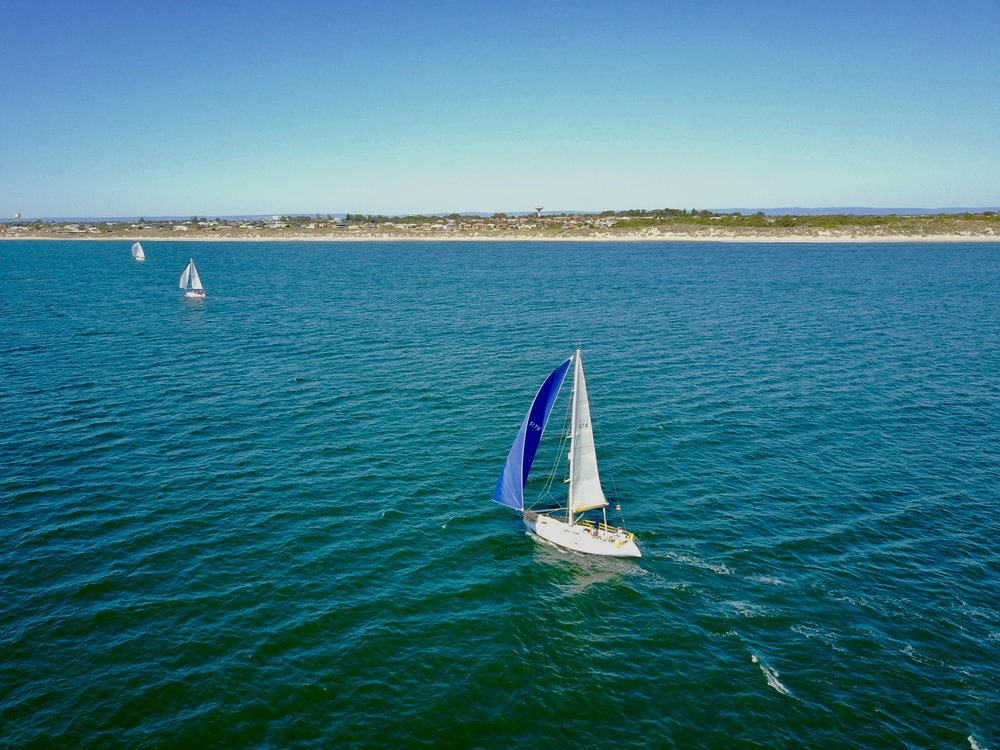 Avalon-sails-offshore-sailing-mandurah