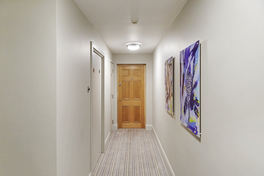 penthouse corridor 2.jpg