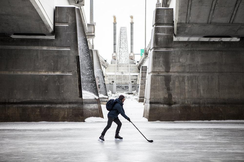 skatingguy.jpg