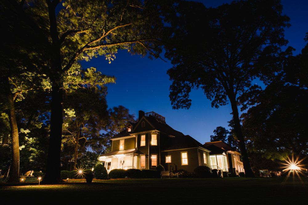 Whitehead Manor|Preferred Classic Less-than-50 50-100 100-250 0-10mi