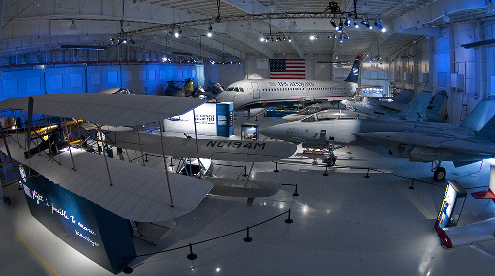 Carolina's Aviation<a href=carolinas-aviation-museum>→</a><strong>Meetings, Events, and Planes</strong>