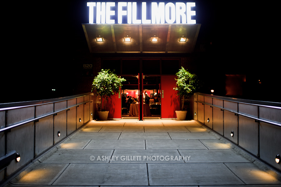 Fillmore Charlotte <a href=fillmore-charlotte>→</a><strong>Oak Floors & Magnificent Chandeliers</strong>
