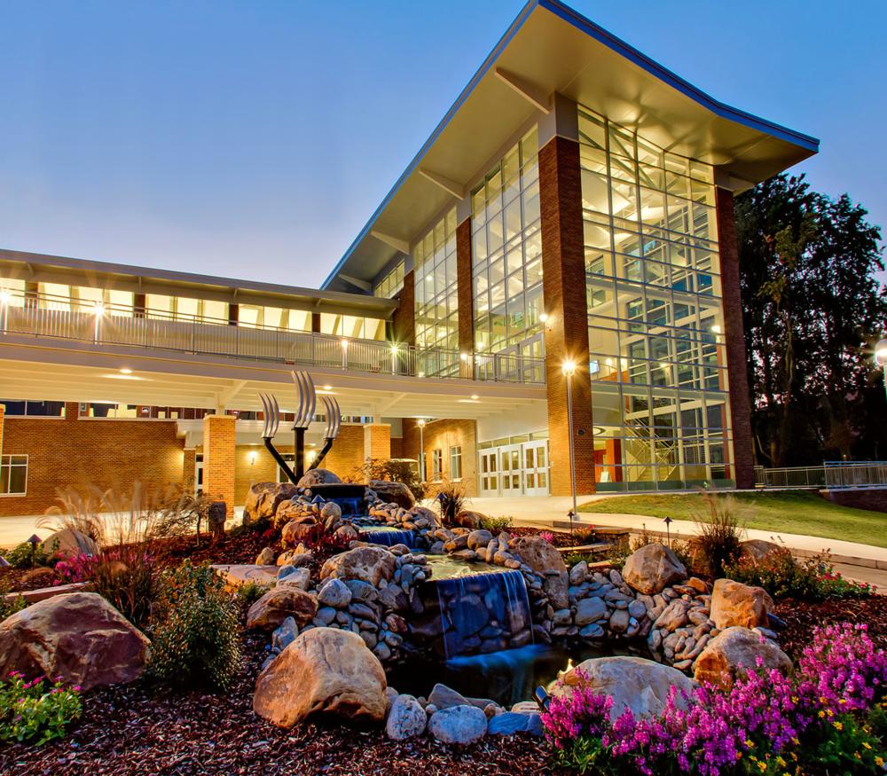 LeGrand Center|Preferred Modern less-than-50 50-100 100-250 250+ 25+mi