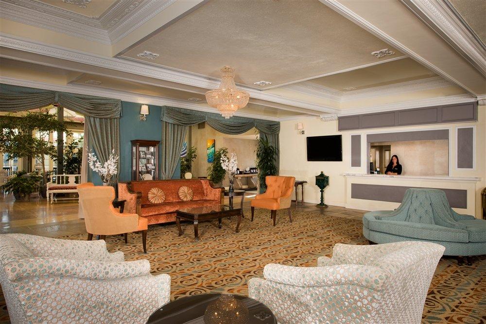 hotel-lobby-2.jpg.1024x0.jpg