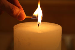 Depositphotos_73439873_lighting_candle.jpg