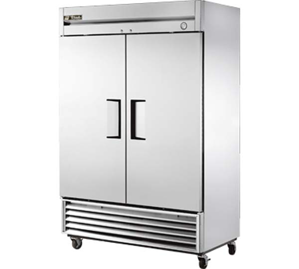 Reach-In Solid Swing Door Refrigerator with Hydrocarbon Refrigerant.jpg