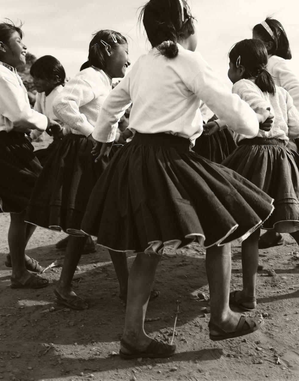 KIDS DANCING, TAQUILE