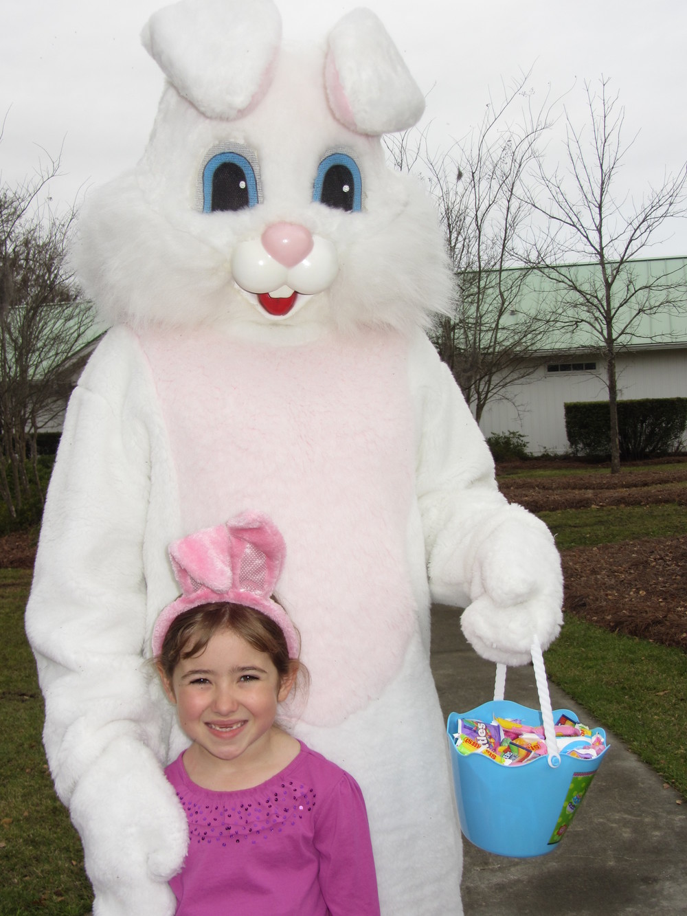 Buckhead Easter Egg Hunt 2013 003.JPG