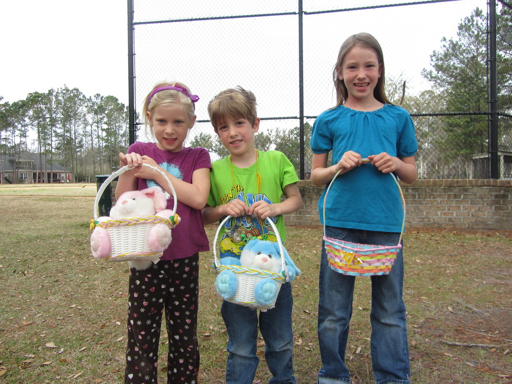Buckhead Easter Egg Hunt 2013 014.JPG