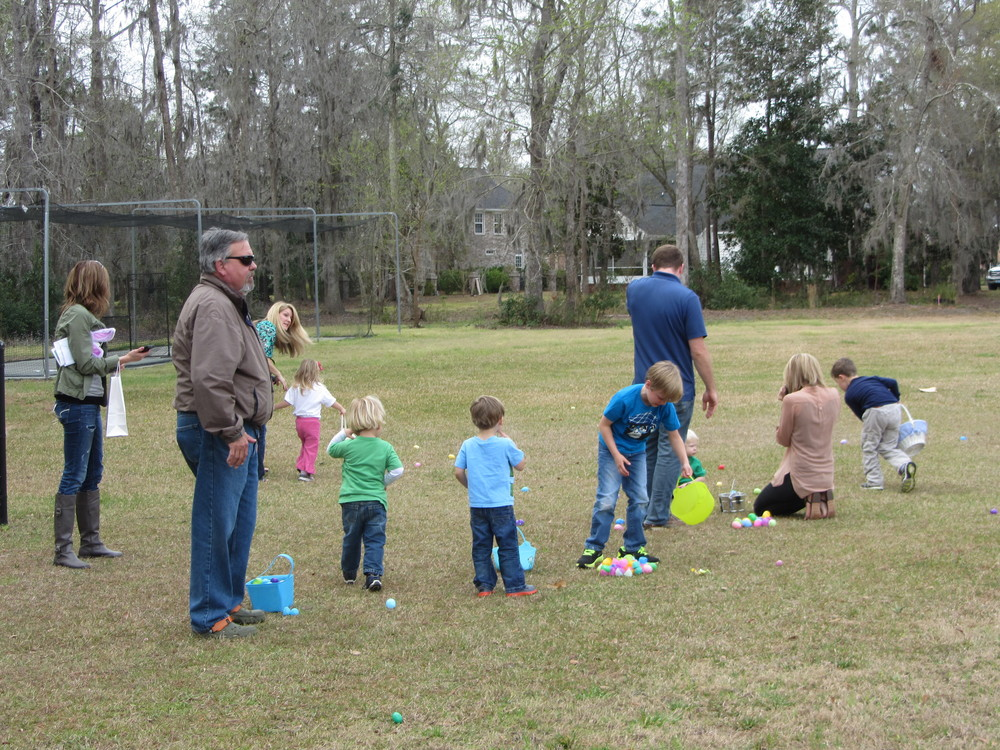 Buckhead Easter Egg Hunt 2013 016.JPG