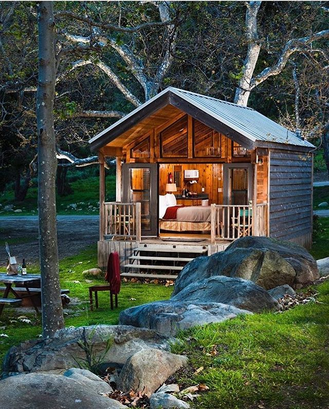 Is it detox time yet? Nature lodging in El Capitan Canyon is a perfect way to retreat into the woods & escape you busy life. Can camping get any more luxurious? Follow @elcapitancanyon for follower exclusive early bird deals & check out their gorgeous and cozy cabins! 📷: @elcapitancanyon . . #camping #glamping #luxurycamping #lodging #forestresort #californiacoast #nature #getaway #relaxation #picturesque #resortandspa #elcapitan #elcapitancanyon #visitsantabarbara #mysantabarbara