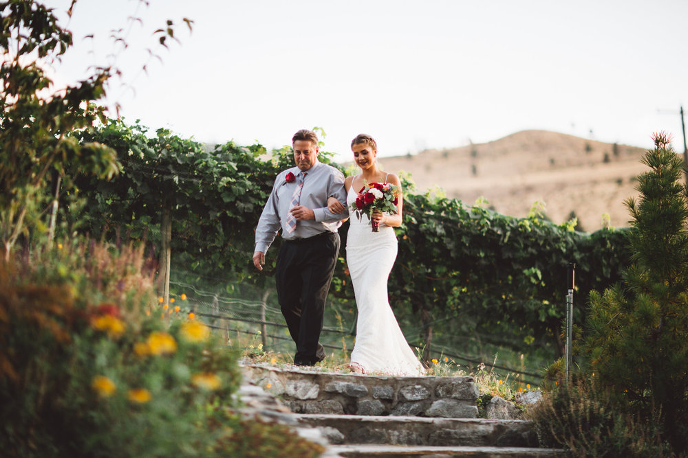 Tunnel Hill Winery Lake Chelan Washington Wedding | Lake Chelan Wedding Venues | Summer Vineyard Wedding Reception | Pacific Northwest Wineries | Tida Svy Photo | www.tidasvy.com