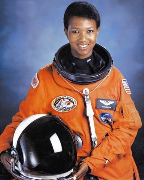 #WhereAreTheyNowWednesday Former Science Fair student, @maejemison is a graduate of Morgan Park High School and Stanford University. She went on to becoming the first African-American woman to travel into space aboard the Endeavor. CPSSSF, Inc. is extremely proud of the accomplishments our former student had, and believe that many more students of ours will travel to space in the near future as well! #space #endeavor #maejemison #astronaut #femalesinspace #sciencefair #stem